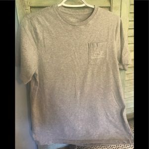 Boys XL Vineyard Vines tee shirt classic pocket
